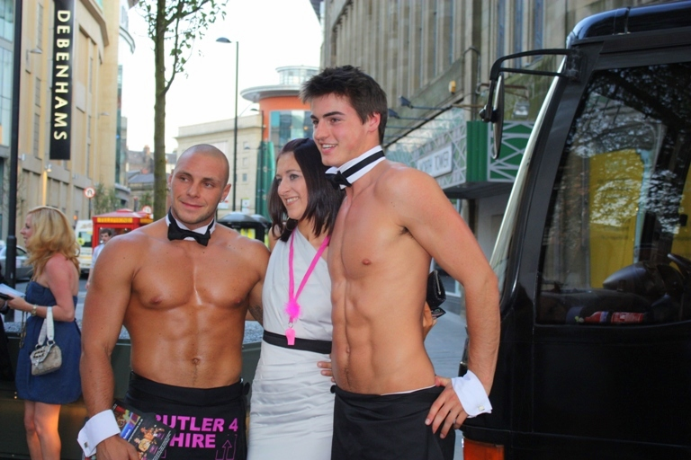 Two Touch Butlers 4 Hire Limo Bus launch (1)