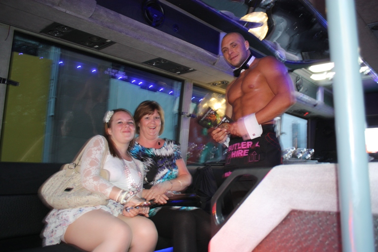 Two Touch Butlers 4 Hire Limo Bus launch (11)